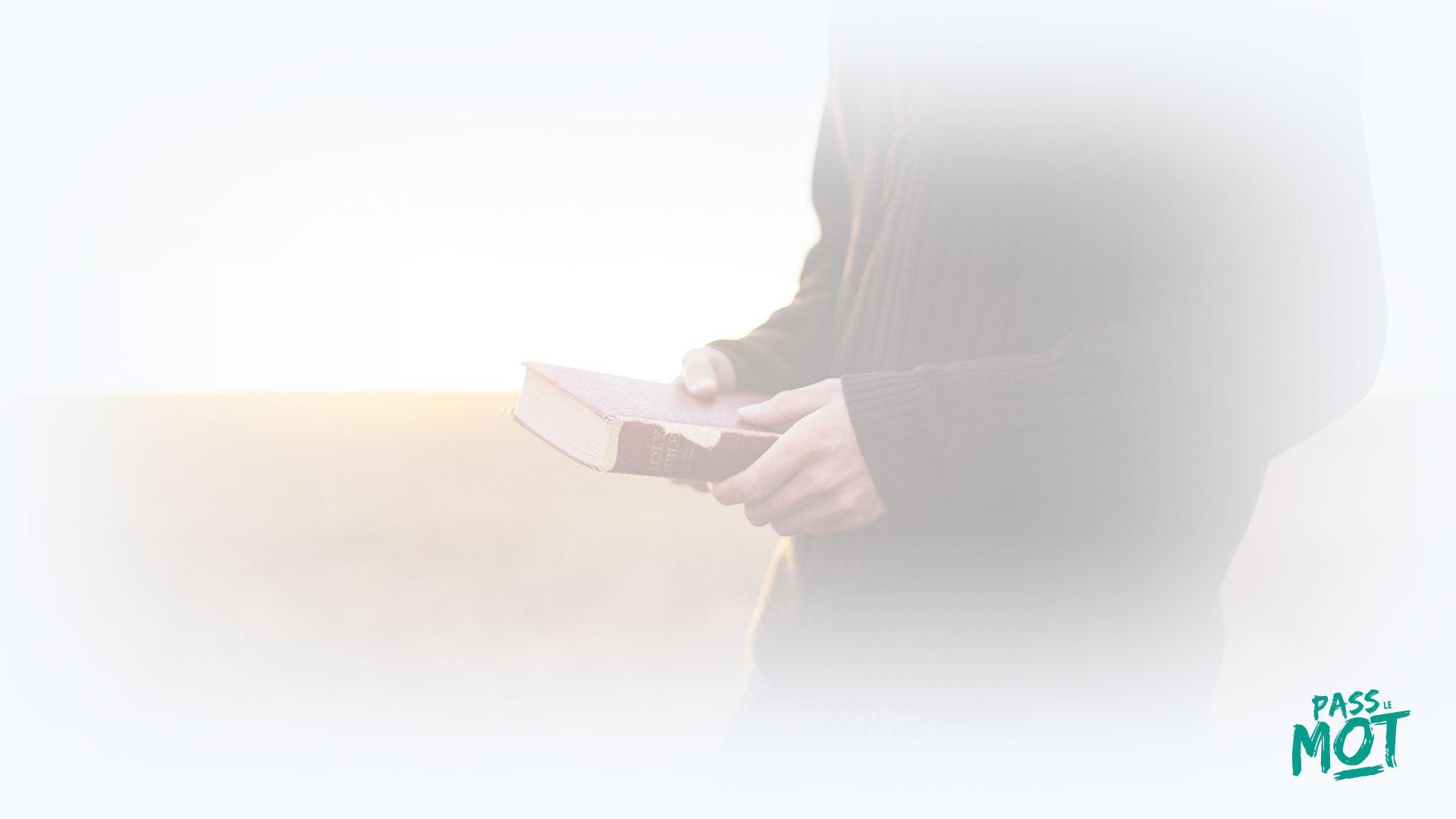 """""""Je suis un Dieu compatissant, patient, d'une immense et fidèle bonté"""" (Ex 34.6). Dieu t'attend, Il ne veut pas que tu passes l'éternité sans Lui. PassLeMot"""